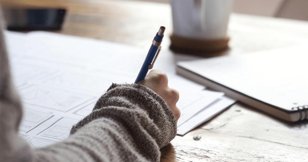 Wie schreibe ich einen Aufsatz mit 7 Strategien